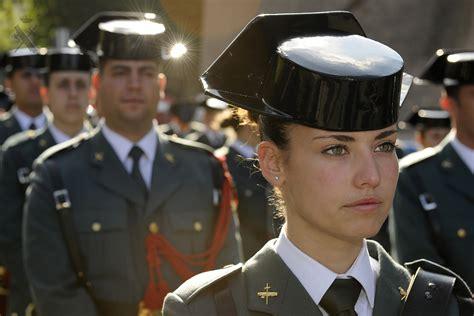 Spanish Civil Guard musician image   Females In Uniform ...
