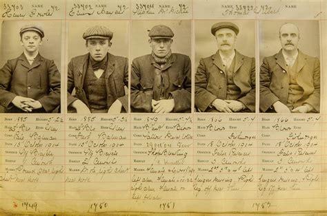 'Peaky blinders', o si Guy Ritchie dirigiera 'Boardwalk ...