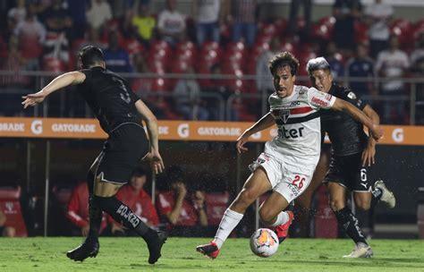 SPFC x River Plate: desfalques, prováveis escalações e ...