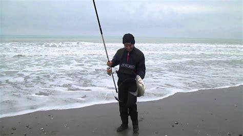 SPIGOLA A SURF CASTING  2   YouTube