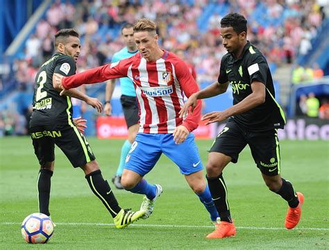 Sporting vs Barcelona: Douglas Pereira available despite ...