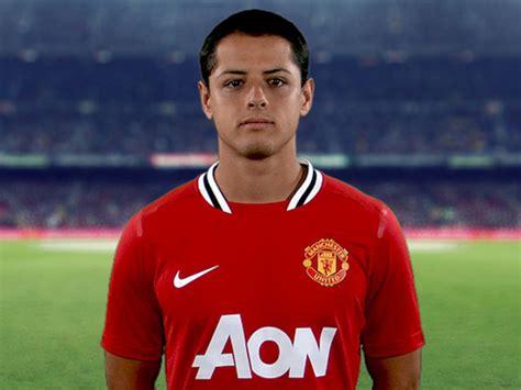 Sports: Javier Hernandez Profile and Pics
