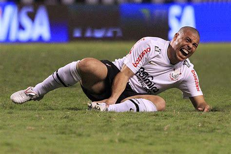 파일:Ronaldo Nazario  Fenômeno   5122564094 .jpg   위키백과, 우리 ...
