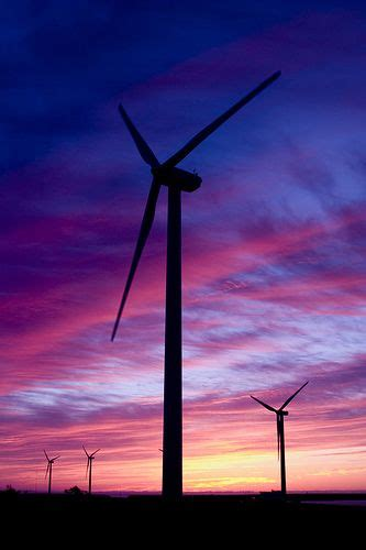 朝焼け   Renewable energy, Types of renewable energy, Solar ...