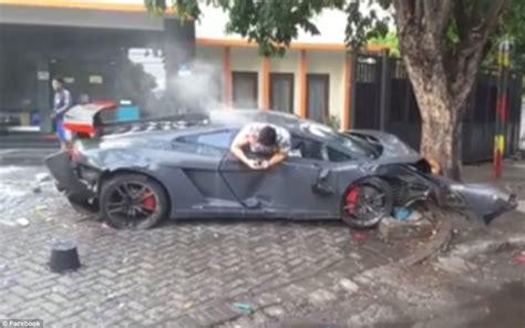 Φρίκη: Παρέσυρε 3 ανθρώπους με Lamborghini και λίγο μετά ...