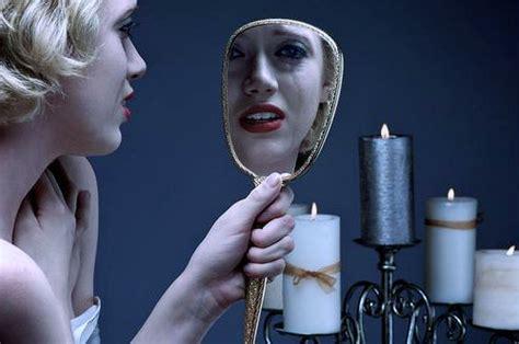 Почему нельзя смотреть в зеркало, когда плачешь? | Женские ...