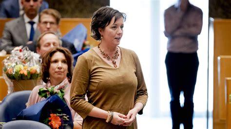 Staatssecretaris Tamara van Ark hield de VVD fractie bij ...