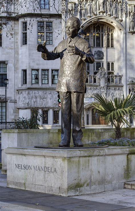 Statue of Nelson Mandela, Parliament Square   Wikipedia