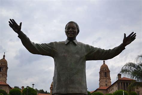 Statue of Nelson Mandela, Union Buildings   Wikipedia