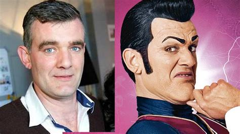 Stefán Karl Says His Cancer Is Back And  Inoperable    We ...