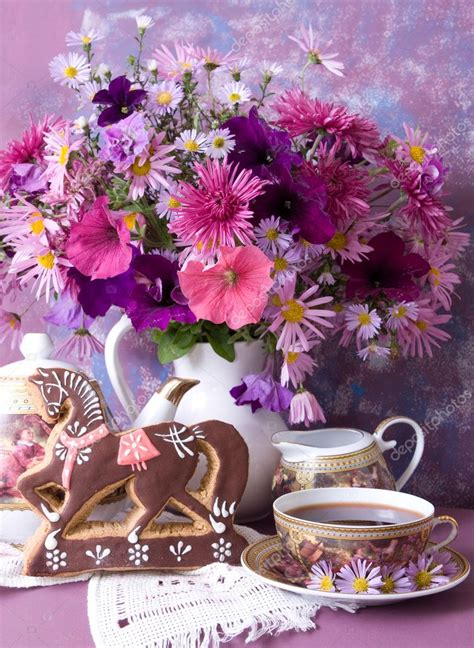 Still Life with flowers and tea — Stock Photo  Lilun_Li ...