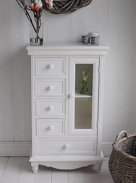 Storage Cabinet with Glass Doors – HomesFeed