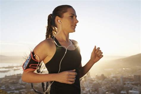 Study: Listening to Podcast While Exercising Could Harm ...