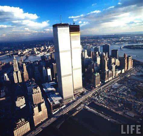 Stunning Photographs Captured the World Trade Center Under ...