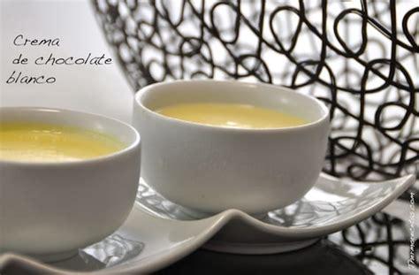 Suave crema de chocolate blanco, ideal como postre frío