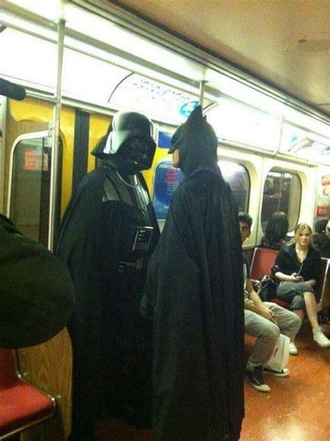 Subway Showdown   Who wins? | Memes para reirse, Imágenes ...