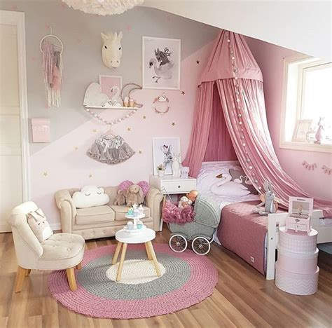 Such an adorable idea for a little girls room   Kids Room ...