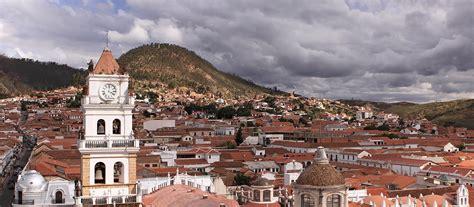Sucre: Sucre está situado en el suroeste de Bolivia y es ...