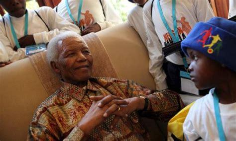 Sudáfrica y el mundo homenajean a Mandela en su 92 ...