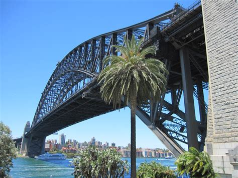 Sydney   City and Suburbs: Sydney Harbour Bridge, Dawes Point