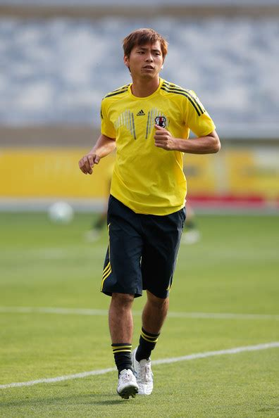 Takashi Inui Pictures   Japan Training and Press ...