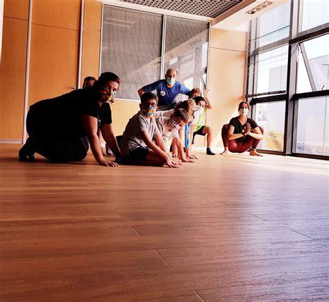 Taller Yoga en Familia; curso 2020 2021 | Fundación María ...