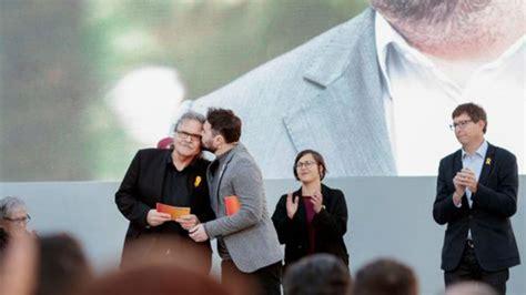 Tardà y Rufián leen una carta de Oriol Junqueras desde la ...