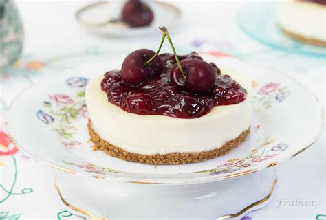 Tarta de chocolate blanco y compota de cerezas. SIN HORNO ...