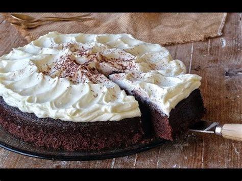 Tarta de chocolate con cerveza negra | Receta fácil de ...
