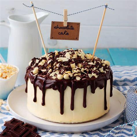 Tarta de chocolate negro y blanco con crema de pistacho ...