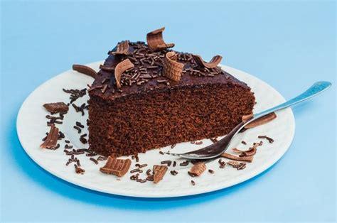 Tarta de chocolate sencilla y deliciosa   Receta   Tartas ...
