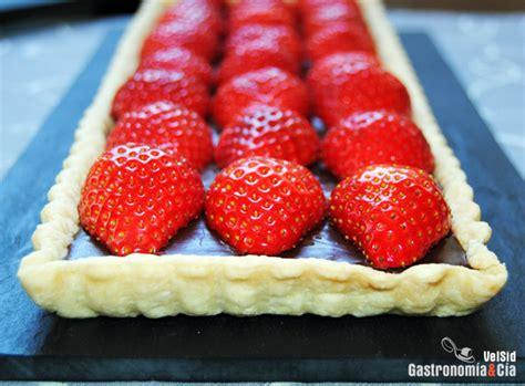 Tarta de chocolate y fresas | Gastronomía & Cía