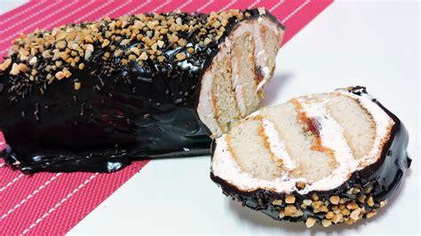 Tarta de galletas con chocolate y nata