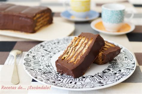 Tarta de galletas y chocolate sin horno. La más fácil y ...