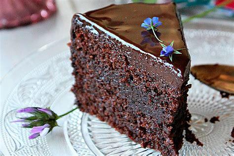 Tarta húmeda de chocolate   Recetinas
