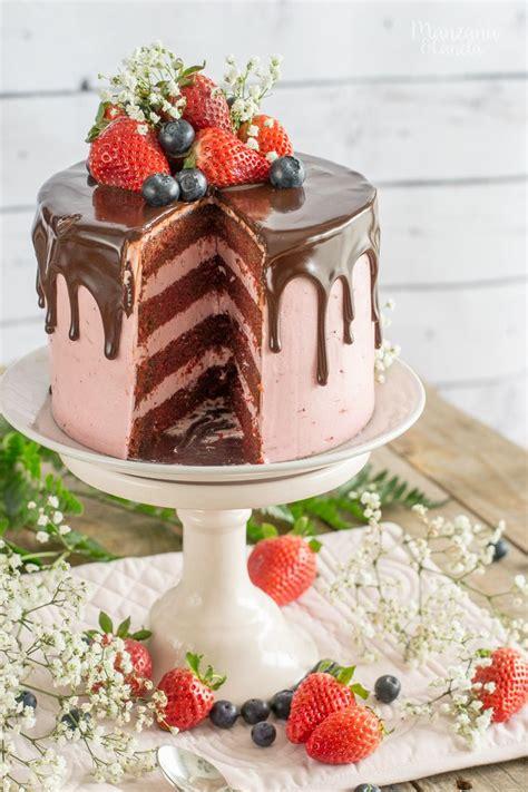 Tarta Red Velvet con crema de fresa y chocolate | Tartas ...