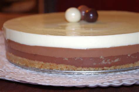 Tarta tres chocolates sin cuajada   Con gelatina