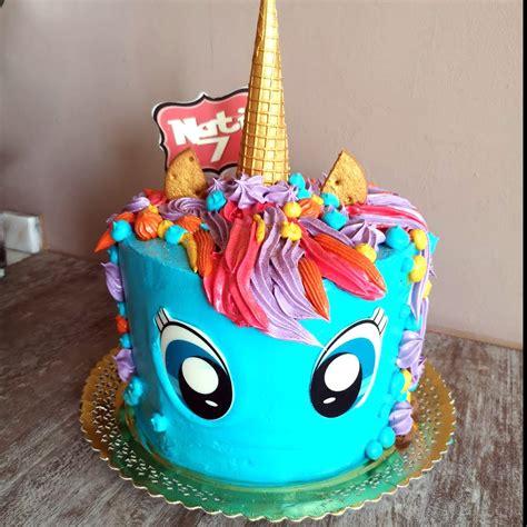 Tarta Unicornio simpatico