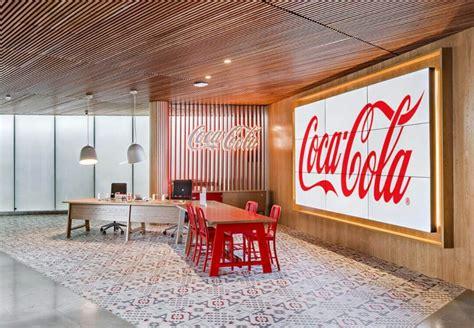 ¿Te gustaría trabajar en Coca Cola España? Conoce sus oficinas