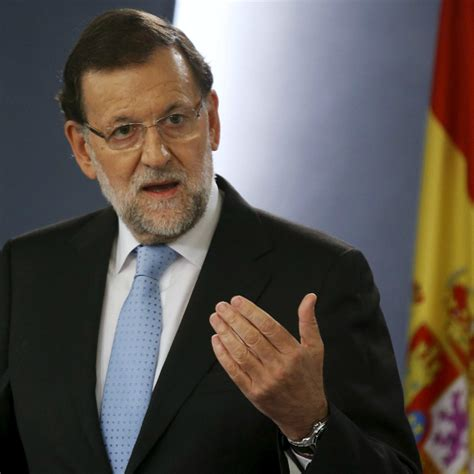 Teen punches Spanish PM Mariano Rajoy in face, breaks his ...