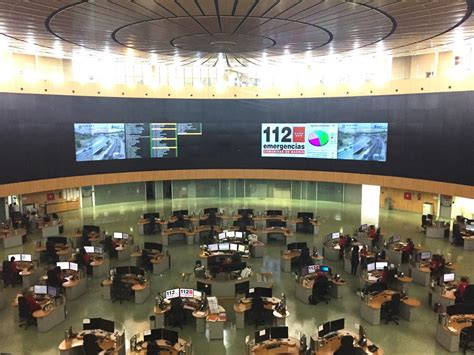 Teleoperadores de emergencias denuncian su saturación pese ...