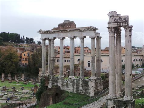 Templo de Saturno – Wikipédia, a enciclopédia livre