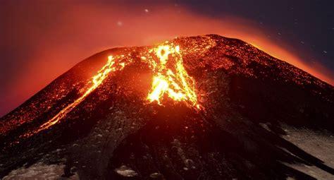 Tendencias: Chile: Volcán Villarrica entra en erupción y ...