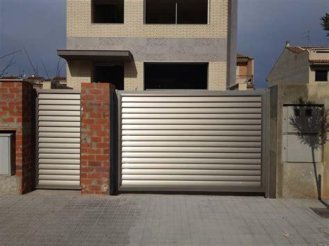 Tendencias puertas de garaje, parte fundamental de la ...