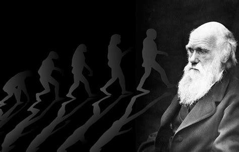 Teoria di Darwin, «più facile credere ai miracoli ...