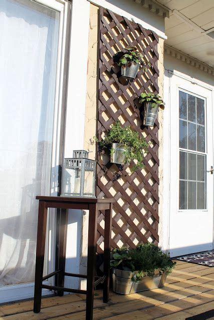 terraza con celosia ikea Optimiza los espacios de exterior ...