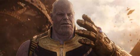 Thanos no iba a chasquear los dedos en  Vengadores ...