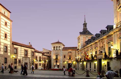 The 6 Prettiest Plazas in Madrid, Spain