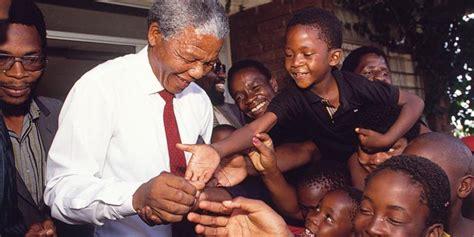 The Anti Apartheid Revolutionary Nelson Mandela Biography ...