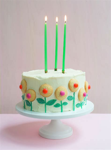 The Beginner s Guide to Cake Decorating